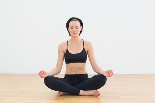 girl-sukhasana-posture