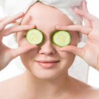 Cucumbers are one of the best natural remedies to get rid of dark circles