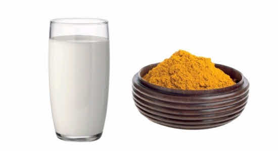 Turmeric Powder and Milk