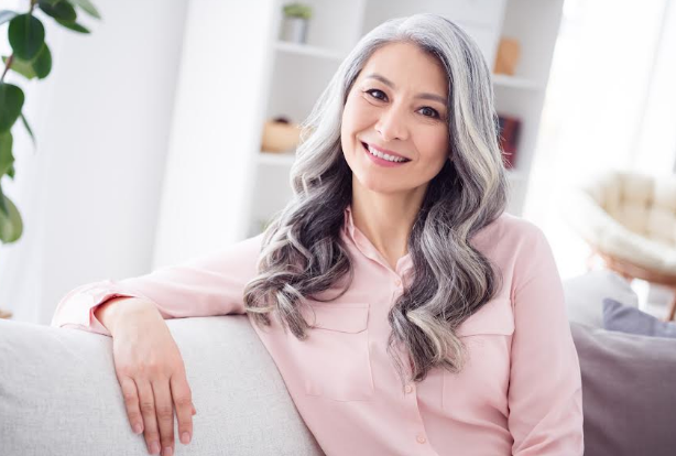 How Often Should Hairsprays Be Used as You Age?